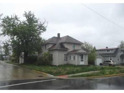 3 Bed 2 Bath Foreclosure Property in Woodburn, IN 46797 - Main St