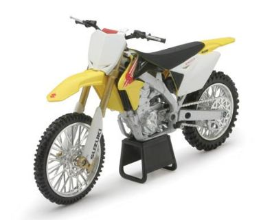 Sell 1:12 SUZUKI RM-Z450 DIRT BIKE 57383 motorcycle in Ellington, Connecticut, US, for US $12.95