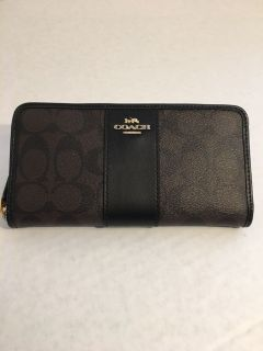 New Authentic Coach Accordion Zip Wallet In Signature Coated Canvas With Leather