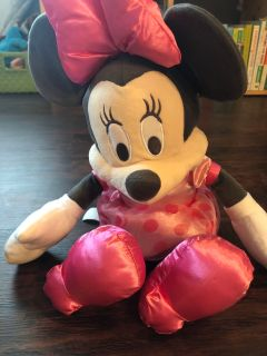 Minnie stuffed animal