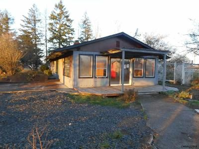 2 Bed 1 Bath Foreclosure Property in Lebanon, OR 97355 - Denny School Rd