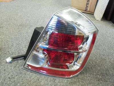 Purchase 2007-2009 OEM NISSAN SENTRA RH PASSENGER SIDE TAIL LIGHT 26550-ET00B motorcycle in Bixby, Oklahoma, US, for US $69.99