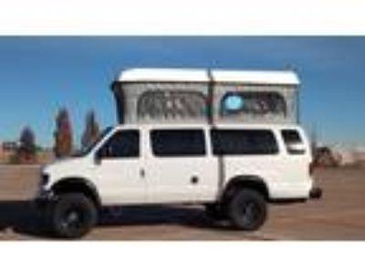 2000 Ford E350 Camper Van XLT
