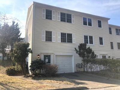 2 Bed 2 Bath Foreclosure Property in Derby, CT 06418 - Clearview Ct