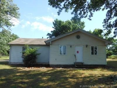 3 Bed 2 Bath Foreclosure Property in Owasso, OK 74055 - E 76th St N