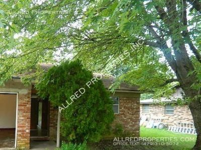 Duplex In Springdale with a Fenced Yard and Garage