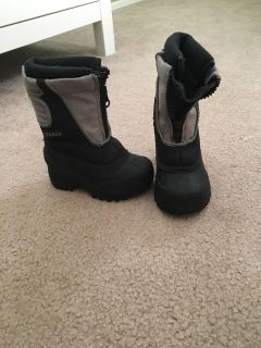 Size 6 snow boots