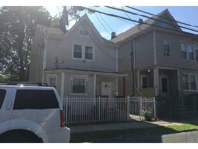 2 Bed 1 Bath Foreclosure Property in Paterson, NJ 07514 - E 22nd St