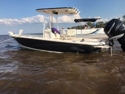 $56,999, 2015 Sea Chaser 23 LX Bay Runner Center Consoles