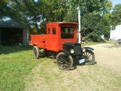 1918 Ford Model T for sale in Estherville, IA.