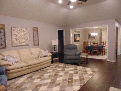 $2850 3 single-family home in SE Houston