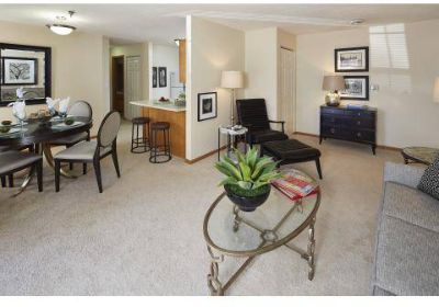 3 Beds - Devlin's Pointe Apartments