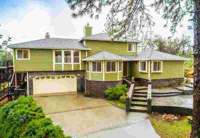 14775 Mcelroy Road Auburn Three BR, Step into your own piece of