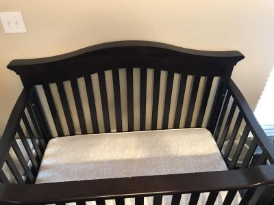 Convertible Baby Crib by Baby Cache with Mattress