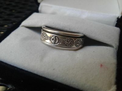 Celestial 925 Silver Spin Ring