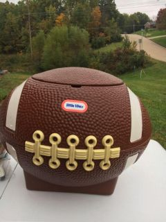 Little tikes football tailgate cooler/ toy box