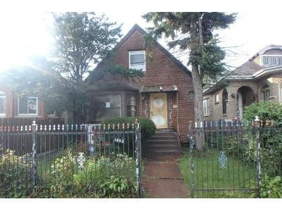 3 Bed 2 Bath Foreclosure Property in Chicago, IL 60620 - W 92nd Pl