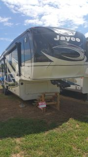 Jayco 5th Wheel RV