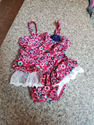12M, CAT & JACK, BATHING SUIT, EXCELLENT CONDITION, SMOKE FREE HOUSE