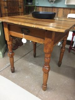 Great LIttle Antique Kitchen Table