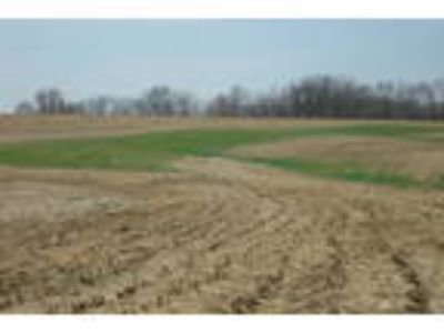 83 Acres Within the City of Dubuque - NW Arterial