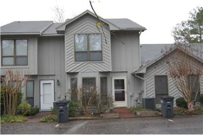 ABSOLUTELY GORGEOUS WATERFRONT TOWNHOME!!!!