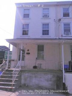 2-Bedroom Bi-level Apartment for Rent - 119 Vassar Street, #2 - Available Now!