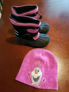 Totes Snowboots Size 10 and Hat