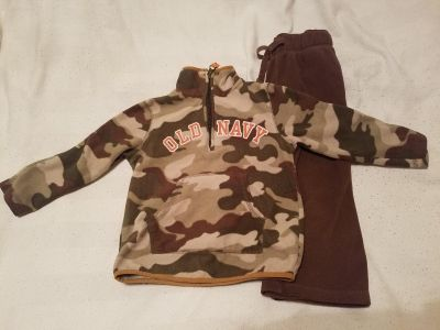 Old Navy toddler fleece outfit
