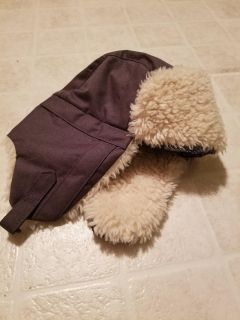 Gray Columbia Bomber Winter Hat Size S/M Unisex, fit my 3-4 year old $3
