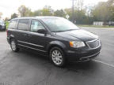 2014 Chrysler Town and Country For Sale