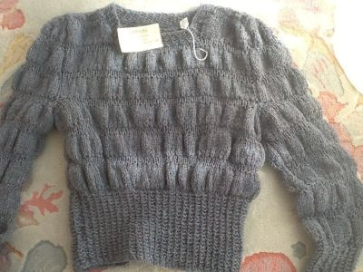Knit sweater new - size Small