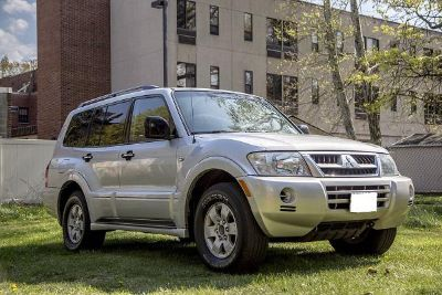 $2,000, mitsubishi montero 2003 xls great condition, text or call to 208 274-3667