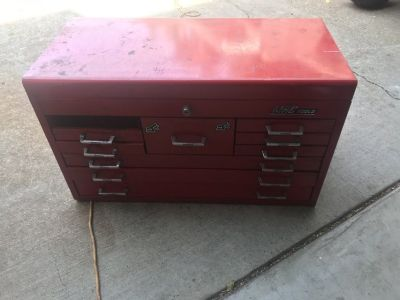 Mac tool top box
