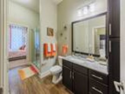 Lincoln Apartments, LLC - The Oak Townhome