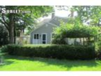 $2495 Two BR for rent in Southbury