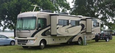 2011 Fleetwood Bounder® Classic 34B