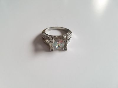 Gorgeous White Sapphire Sterling Silver Engagement Ring - Size 8