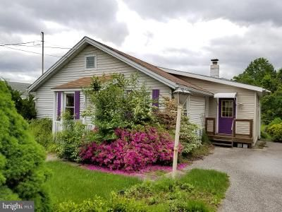 2 Bed 1 Bath Foreclosure Property in York, PA 17408 - Marion St