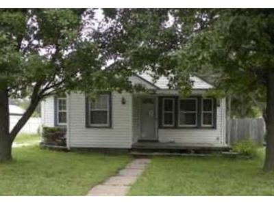 2 Bed 1 Bath Foreclosure Property in Hutchinson, KS 67501 - Justice St