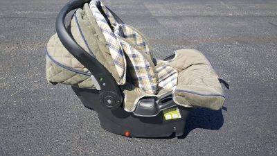 New Eddie Bauer Baby Sure Fit Infant Car Seat w/Base
