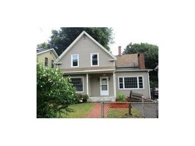 4 Bed 3 Bath Foreclosure Property in Fitchburg, MA 01420 - Pine St