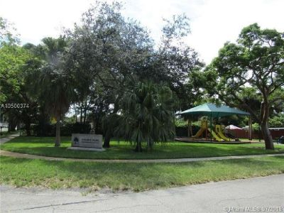 Best price in Cooper City, near A+ Schools, this home features 3 bedroom and 2 bath, huge kitchen.