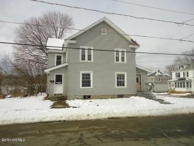 6 Bed 2 Bath Foreclosure Property in Pittsfield, MA 01201 - Robbins Ave