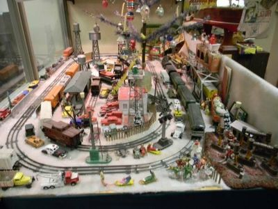 Lionel, AM Flyer, MARX, N,Z Any Toy Trains Wanting to Buy!