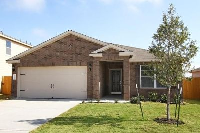 $809, 3br, Dont Miss Out On This Weekends Specials 3 Bed2 Ba ONLY $809mo