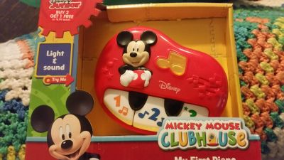 NWT Mickey Mouse My first piano $5