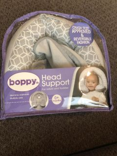Boppy Head support. Used for about 1 week. Smoke/Pet free home.