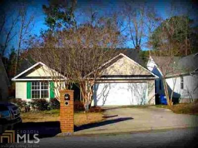 141 Crest Mont Dr Macon, This Three BR Two BA charming home