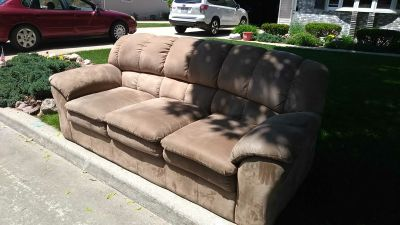 Nice couch on curbside e Layton Ave Appleton free